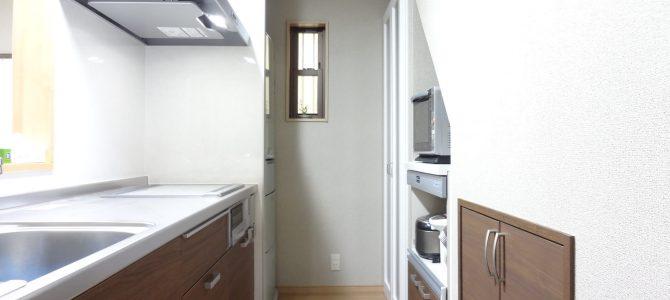 【施工事例】水廻りフルリフォーム 壁付けキッチンから家族を感じる対面Kへ